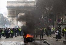 法國將禁「黃背心」在巴黎香榭麗舍大道示威