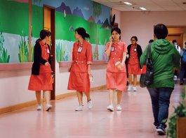【醫療風暴】(3)「護校派」「學院派」實習時數差距大