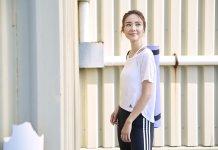 自信女生倪晨曦率先示範adidas 2019秋冬運動服