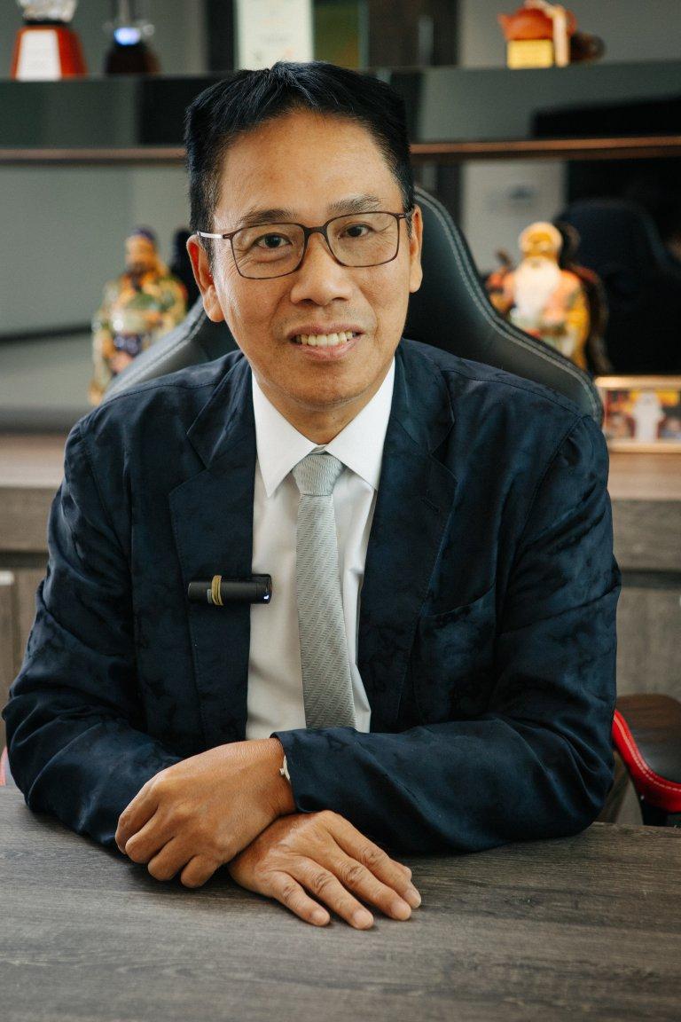 冼國林認為政府應就《禁蒙面法》訂立更高罰則,以加強阻嚇作用。(黃冠華攝)