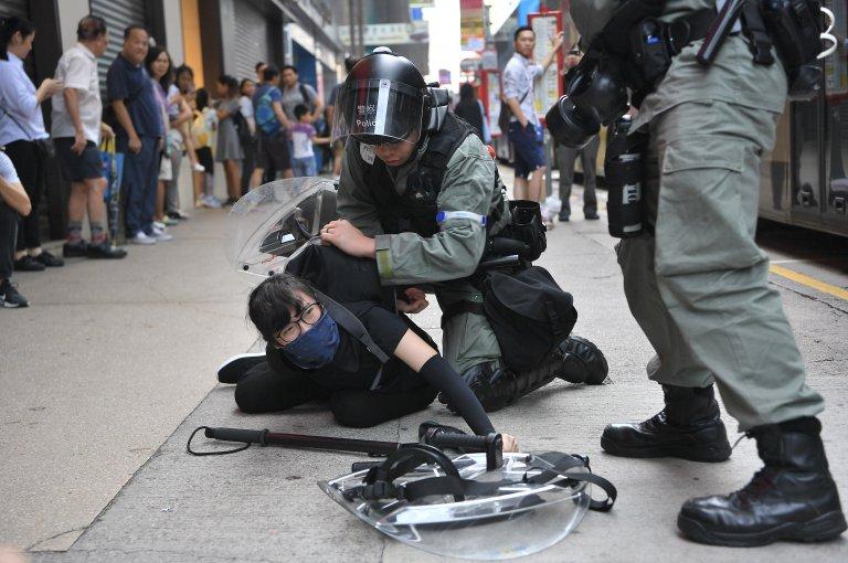 冼國林認為律政處不配合的話,警方拘捕多少人也沒有用。(中通社)