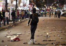 區選後再現暴力 市民須反思香港路向