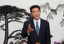 駱惠寧首見傳媒 展露政治手腕