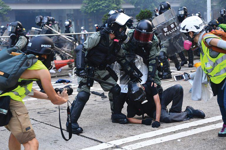 因參與反修例示威被捕的8000多人當中,有逾1600人是18歲以下。(中通社圖片)