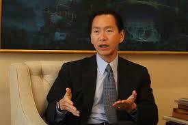 香港行政會議召集人陳智思透露他被一間美資銀行取消戶口。
