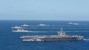羅斯福號航空母艦戰鬥群,包括多艘導彈巡洋艦及導彈驅逐艦同日駛入南海。