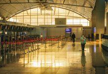 【圖片故事】疫情衝擊人跡罕見 香港國際機場一片死寂