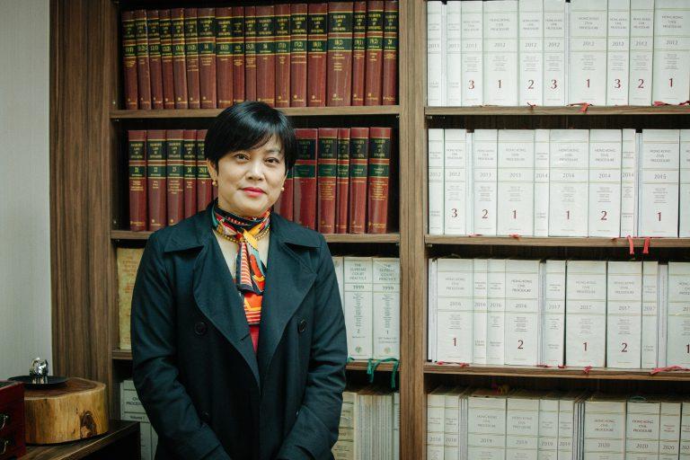 麥慶歡認為要從文化和形態上改革司法系統。