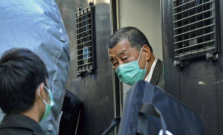 壹傳媒黎智英自今年4月16日被判囚後,正在赤柱監獄服刑,惟多罪纏身的黎尚有涉嫌違反《港區國安法》及欺詐等案件等候聆訊,其鐵窗生涯將很漫長。